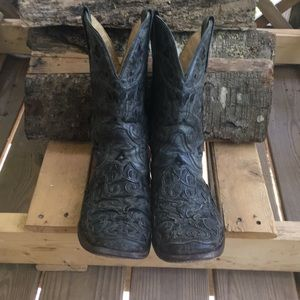 Men's Corral Cowboy boots ✨
